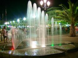 la piazza matteotti a porto azzurro isola d elba