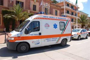 Ambulanza pubblica assistenza porto azzurro PA8 isola d elba