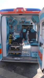 interno ambulanza 118 pubblica assistenza porto azzurro