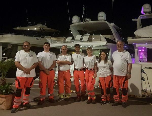 volontari-pubblica-assisitenza-porto-azzurro